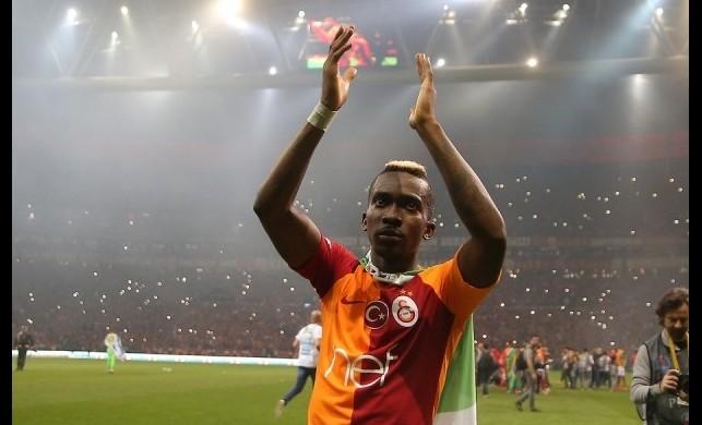 Onyekuru 1 yıl daha Galatasaray'da!