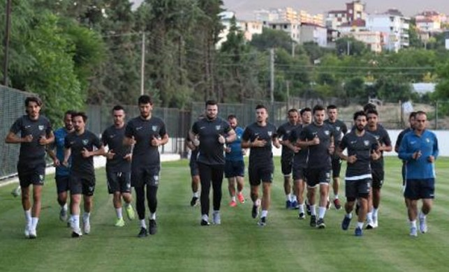 Denizlispor'da iki transfer daha tamam!