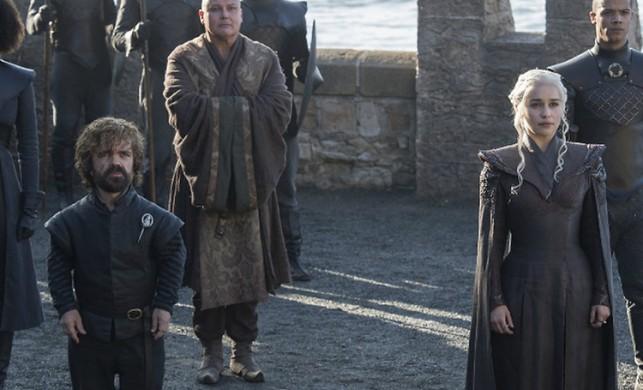 Game Of Thrones yazarı dizinin hayranlarına kızdı