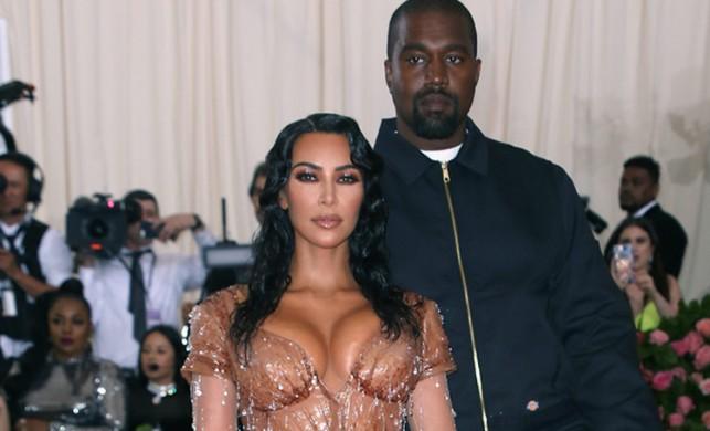 Kim Kardashian Kimono markasından vazgeçti