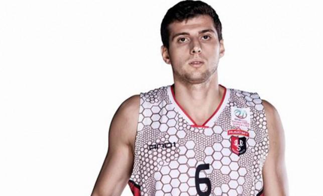 Fenerbahçe Beko Berkay Candan'ı kadrosuna kattı