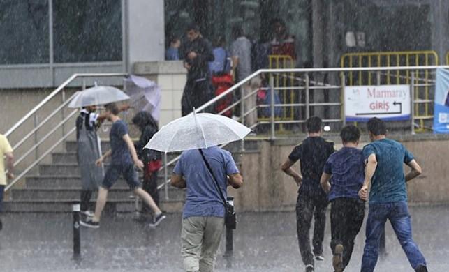 Meteoroloji uyardı… İstanbul'da sağanak yağış!