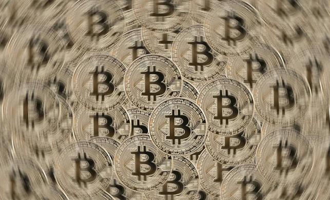 Bitcoin, yeniden 10 bin doları aştı
