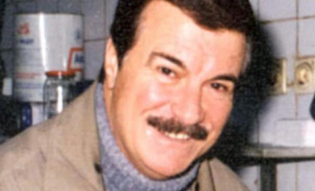 Yeşilçam'ın ünlü ismi Yalçın Gülhan hayatını kaybetti