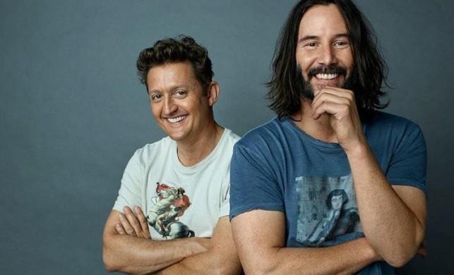 Keanu Reeves'i tanıyamayacaksınız!