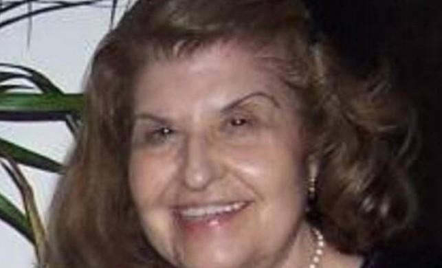 Oyuncu Suna Akbel vefat etti, sessiz sedasız defnedildi