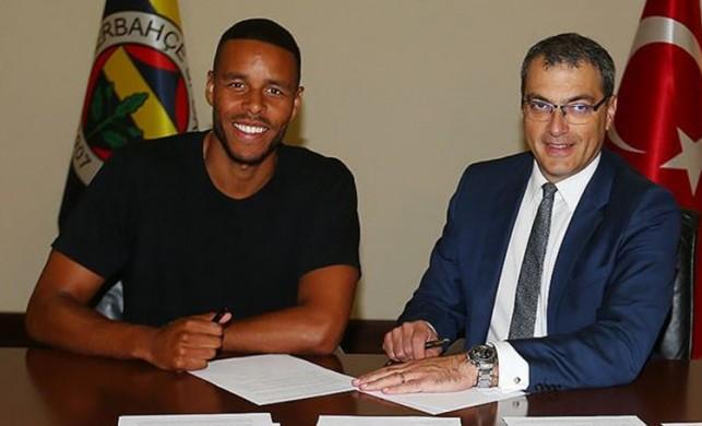 Fenerbahçe'de Zanka imzayı attı