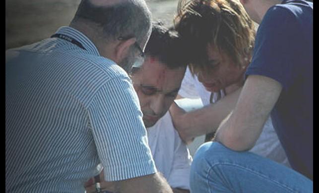 TEM'de feci kaza... Vatandaşlar yardıma koştu
