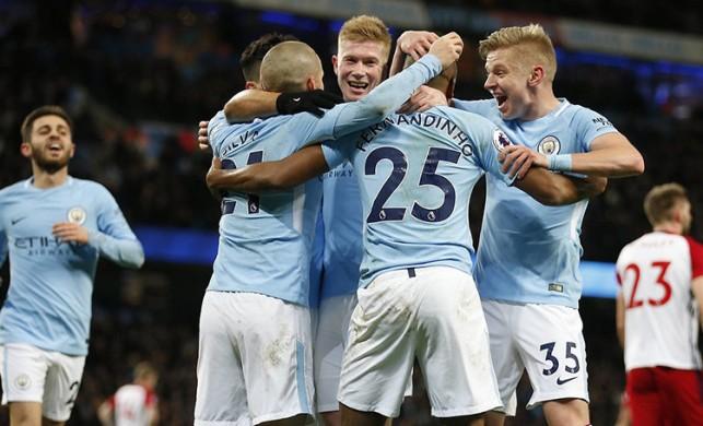Alex de Souza, Manchester City'nin yıldızı için aracı oluyor!