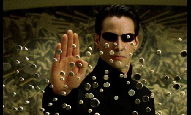 Çalışmalara resmen başlandı! Matrix 4 geliyor, Neo ile Trinity dönüyor