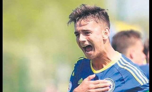 Beşiktaş 18 yaşındaki yıldız adayına imza attırıyor!