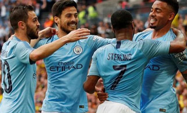 Manchester City bir ilke imza attı!
