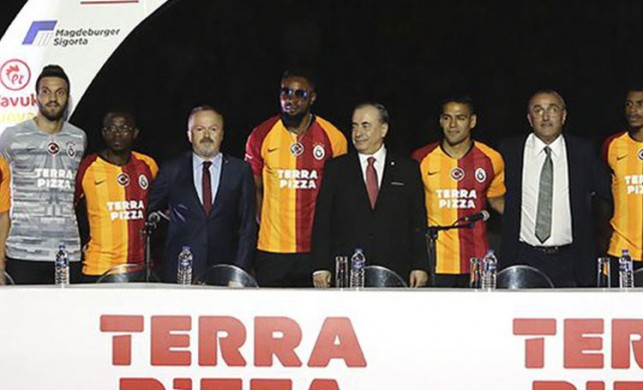 Galatasaray 50 milyon Euro'luk orta saha!
