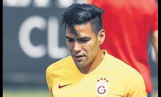 Galatasaray'ın vurucu timi: Falcao&Babel