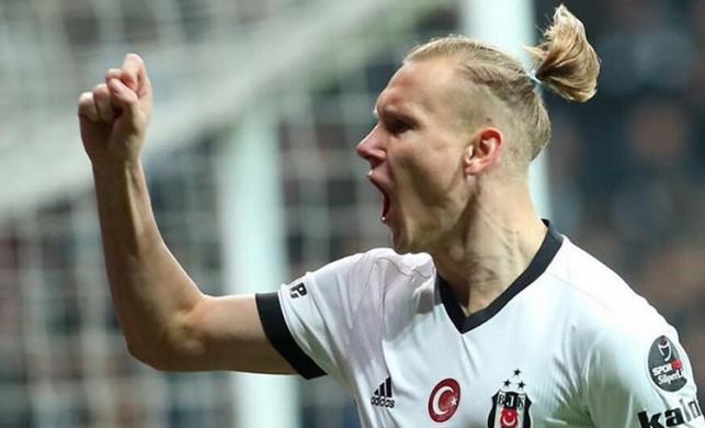 Beşiktaş'ta Vida şoku! Kırmızı kart gördü!