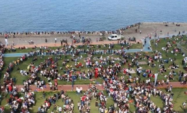 İzmir Boyoz Festivali'ne binlerce kişi katıldı