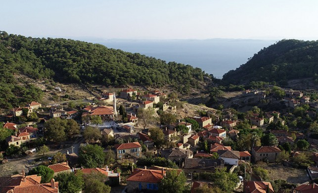 Bu köydeki evlerin fiyatı 2.5 milyon lirayı buluyor!