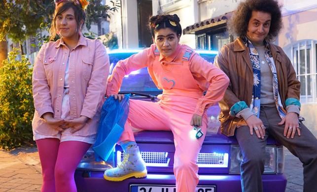 Zeynep Çamcı başrollü 'Feride'den renkli kareler!