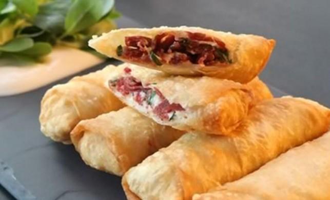 Paçanga böreği nasıl yapılır?   Paçanga böreği tarifi ve malzemeleri