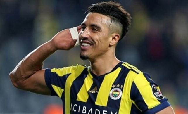 Fenerbahçe Nabil Dirar'ın sözleşmesini 2 yıl daha uzattı