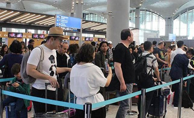Havalimanlarında bazı yolculara uçuş önceliği sağlanacak