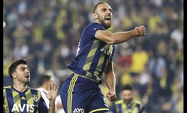 8 kasım 2019 Fenerbahçe-Kasımpaşa maçı nefes kesti! Fenerbahçe Kasımpaşa'yı yenip maç fazlasıyla lider oldu