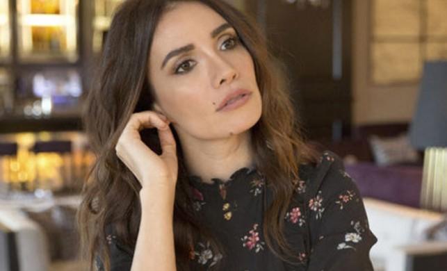 Bir dergiye konuşan oyuncu Songül Öden'den 'kadına şiddet' açıklaması: İstatistiğin içindeyim sizin gibi
