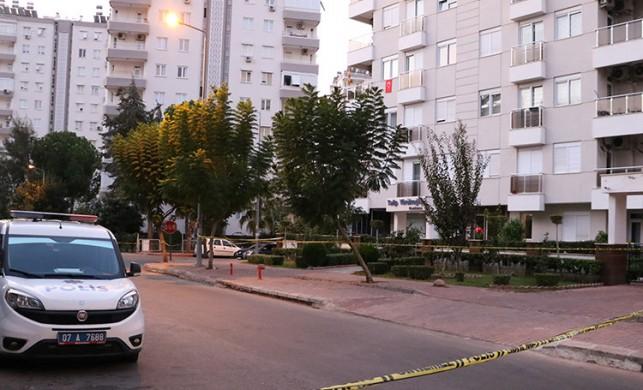 Antalya'da 4 kişilik aile ölü bulundu! Nedeni siyanür olabilir...