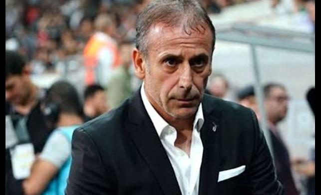 Beşiktaş Teknik Direktörü Abdullah Avcı, Lens ve Oğuzhan'ın biletini kesti