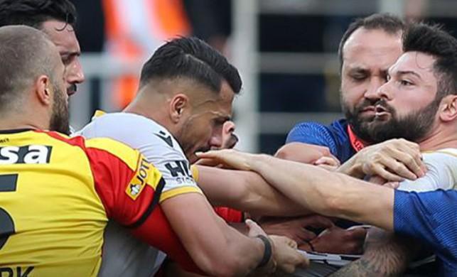 Göztepe Yeni Malatyaspor maçında kavga!