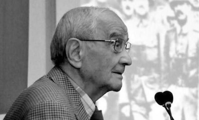 Mümtaz Soysal kimdir? Eski Dışişleri Bakanı Prof. Dr. Mümtaz Soysal hayatını kaybetti!