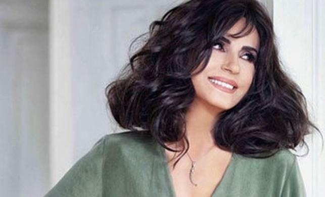 Şarkıcı ve oyuncu Ayşegül Aldinç: Sanırım sapyoseksüelim