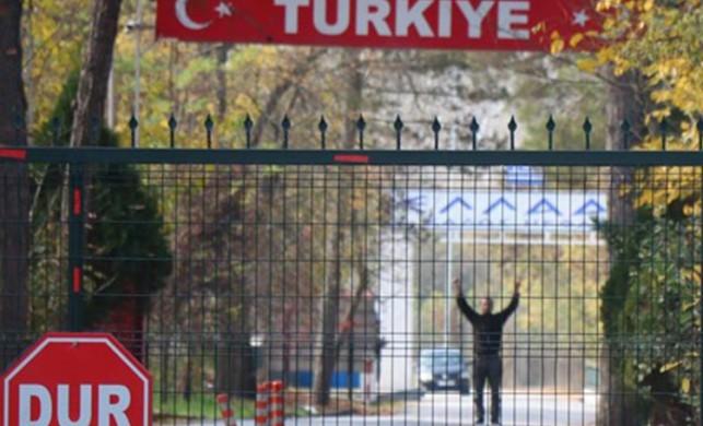 Türkiye'nin sınır dışı ettiği daeş'li yunanistan kabul etmedi tampon bölgede kaldı