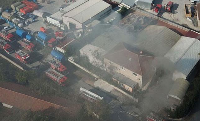 Tuzla'da fabrikada yangın!