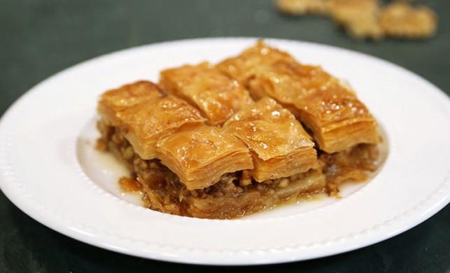 Çıtır çıtır lezzet: Cevizli ev baklavası tarifi ve malzemeleri | 13 Kasım MasterChef baklava tarifi