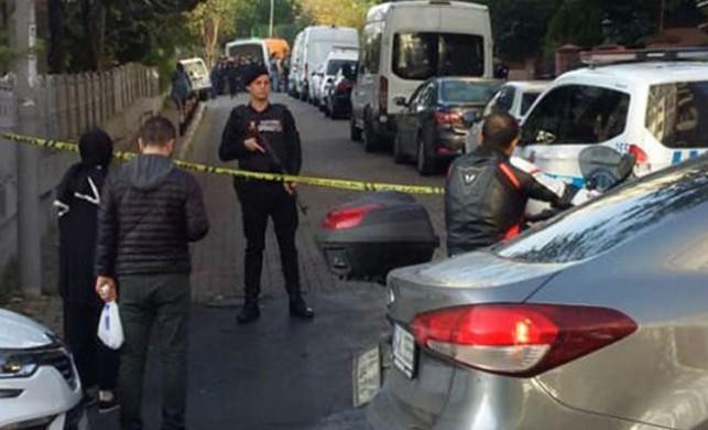 İstanbul Bakırköy'de bir evde biri çocuk 3 kişinin cesedi bulundu