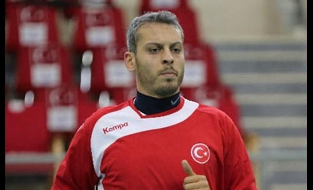 Türkiye-Belçika maçı sonrası asker selamı vermişti! Milli hentbolcu Yunus Özmusul'un sözleşmesi feshedildi