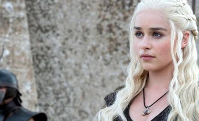 Game of Thrones'un Khaleesi'si Emilia Clarke'dan olay sevişme sahnesi itirafı