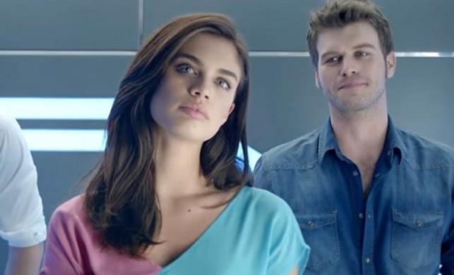 Kıvanç Tatlıtuğ ile aşk yaşadığı iddia edilen Portekizli model Sara Sampaio, sevgilisiyle görüntülendi
