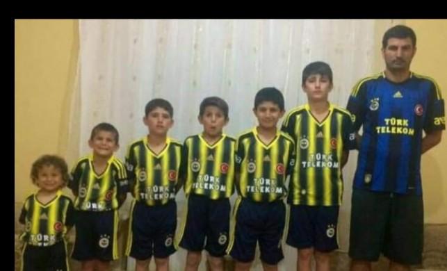 Fenerbahçeli ailenin bu fotoğrafı sosyal medyaya damga vurdu
