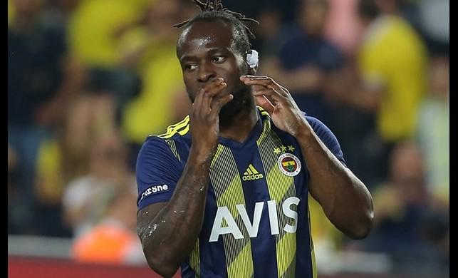 Fenerbahçe'ye kötü haber! Antrenmanda sakatlanan Victor Moses ilk yarıyı kapattı