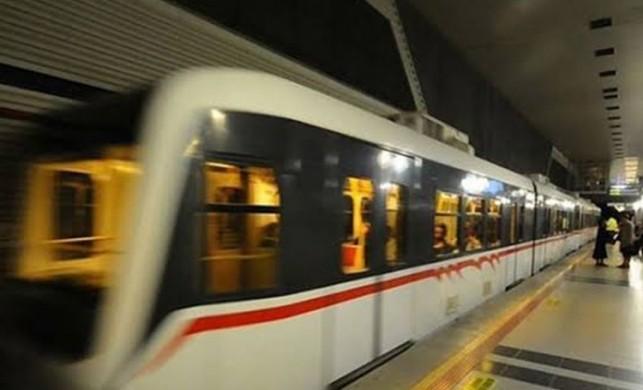İstanbul'da metroda izdiham! Saatlerdir süren arızanın nedeni belli oldu