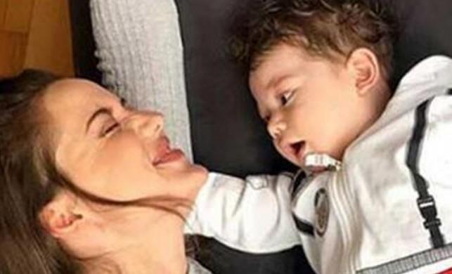 Burak Özçivit ile Fahriye Evcen'in bebekleri Karan'a 1 milyon TL'lik reklam teklifi geldi