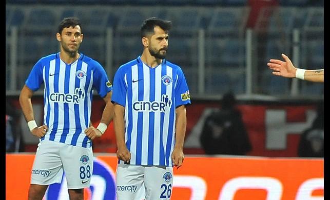 Kasımpaşa'da tam 8 futbolcu! Süper Lig'de flaş gelişme...