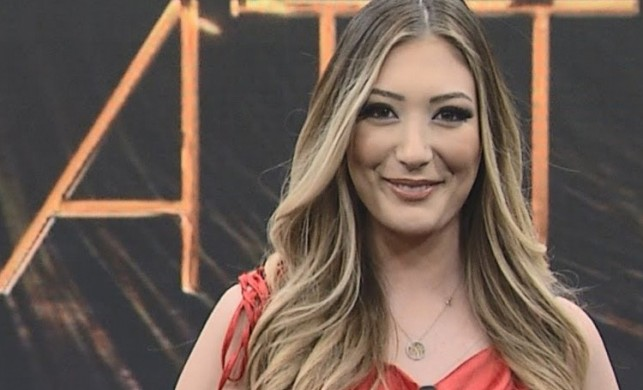 Mehmet Ali Erbil'in kızı Yasmin Erbil'in sunuculuk serüveni sona erdi