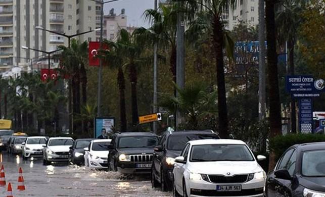Meteoroloji Mersin için kuvvetli ve gök gürültülü sağanak yağış uyarısında bulundu