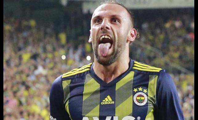Fenerbahçe'nin Kosovalı golcüsü Vedat Muriqi'den menajerine transfer talimatı geldi