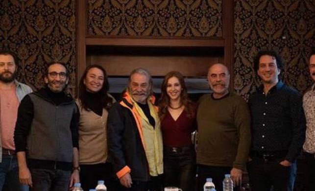 '9 Kere Leyla' filminin setinde talihsiz kaza: Ezel Akay ölümden döndü