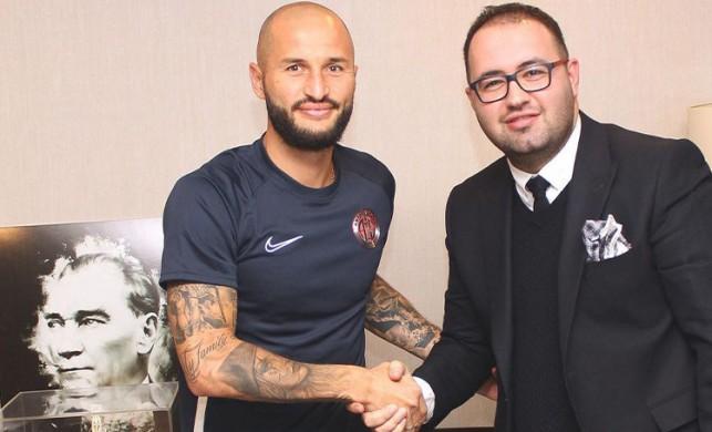 Antalyaspor, Rus defans oyuncusu Kudryashov'u transfer etti