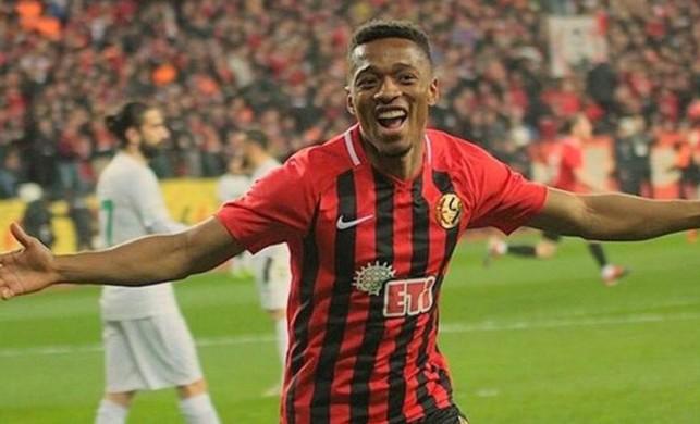 Galatasaray'ın yeni transfer Jesse Sekidika kimdir?